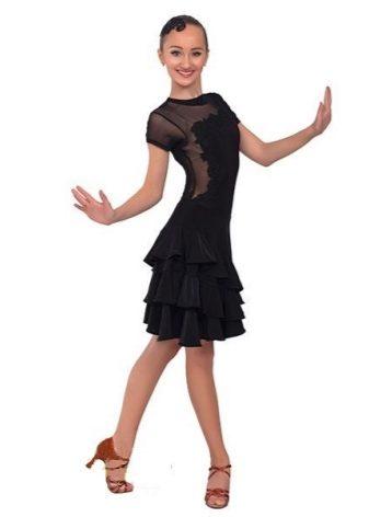 Короткое платье для бальных танцев