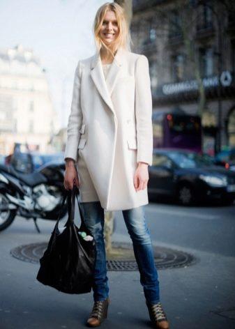 663bf54913a Женское белое пальто (70 фото)  короткое