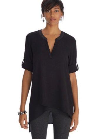 Черная туника (40 фото): длинная, с длинным рукавом, с джинсами, с Микки Маусом, с капюшоном, прозрачная