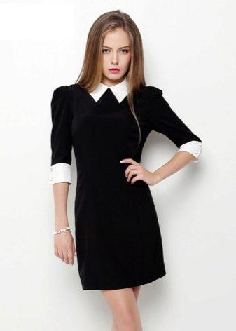 svart klänning vit krage