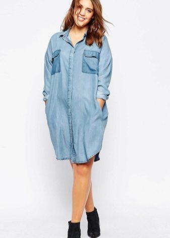 36423db74b3 Также полным девушкам рекомендуются джинсовое платье-халат и платье с  запахом. V-образный вырез на этих моделях зрительно вытянет ваш силуэт.