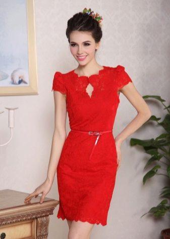 Короткое красное платье – выбор смелых девушек. Выбирая платье красного  цвета c8aa48f962775