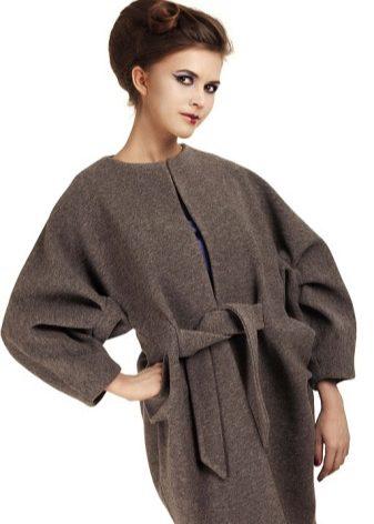 сшить пальто с цельнокроеными рукавами своими руками выкройка