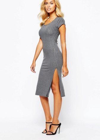 Сшить платье с разрезами по бокам