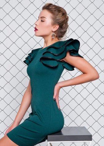 Платье с воланом 2018 (150 фото): на одно плечо, с рукавами воланами, на груди, на рукавах, без плеч, красное