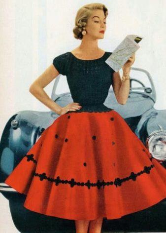 53cb5ecadadb Šaty v tomto stylu budou vyhovovat mladým dámám s jakoukoliv postavou