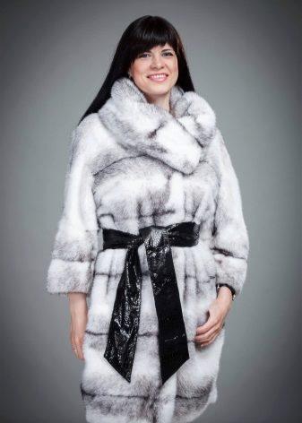 Шубы 2018-2019 (112 фото): модные тенденции, женские, модные, виды, какие бывают, диамант, метелица, волчья, необычные