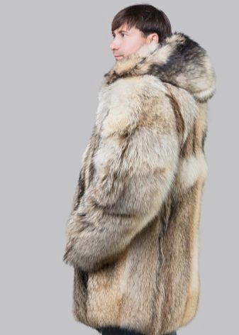 Мужские шубы сезона 2018 (62 фото): из волка, зимняя волчья меховая, из нерпы, медведя, из овчины, с капюшоном, длинная стильная, с чем носить