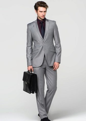 81ca067c590ad Он прекрасно дополнит любой официальный костюм, а также подойдет для  повседневного образа. Хорошо принимает аккуратные принты и любую внешность.
