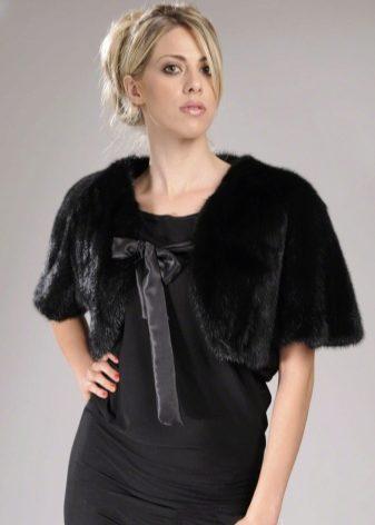 Болеро меховое (31 фото): из искусственного меха, для вечернего платья, детское, накидки, на свадьбу, белое, натуральный мех