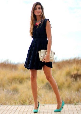 Платье под салатовые туфли
