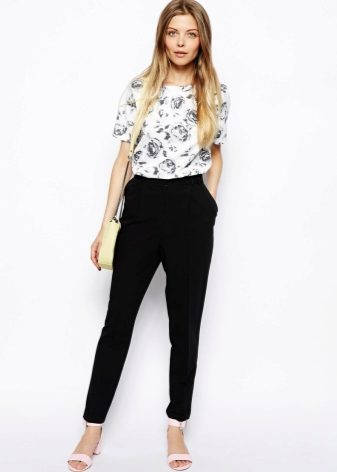 Босоножки на высоком каблуке (45 фото): красивые босоножки для женщин