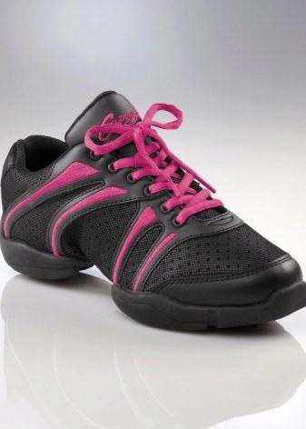 Dansneaker Rock It – одна из самых популярных моделей кроссовок Dansneaker.  В этой модели подошва из полиуретана удачно сочетается с сетчатым верхом и  ... 8b5cc6d7a97