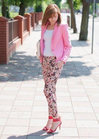 Розовые босоножки (32 фото): с чем носить босоножки розового и нежно-розового цвета на танкетке, каблуке и шпильке