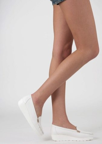 Ножки женщин крупненьких сочных #15