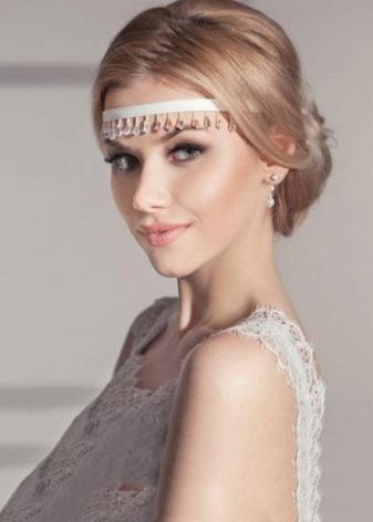 Свадебные ободки (44 фото): модели прически на голову, из цветов на свадьбу для волос