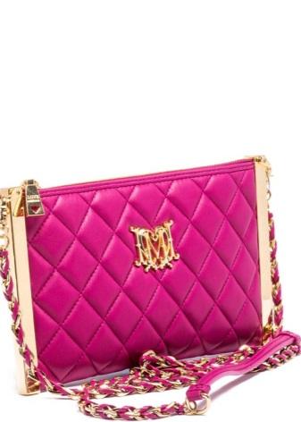 0acae611581e Эффектный клатч – идеальная сумочка для особых случаев и ярких мероприятий.  Небольшая по размеру сумочка легко поместит в себе мелочи, необходимые для  ...
