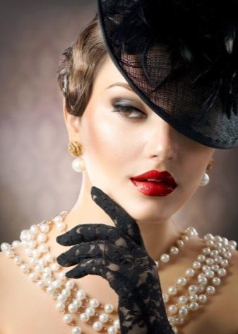 Серьги с жемчугом (110 фото): золотые и серебряные сережки с черным жемчугом, жемчужные пусеты и длинная бижутерия
