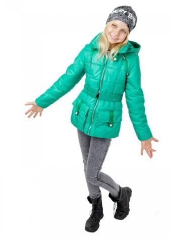 7c703de875c1 Вся стильная и очаровательная современная весенняя одежда может сделать  девочку принцессой и выделить ее среди окружающих.
