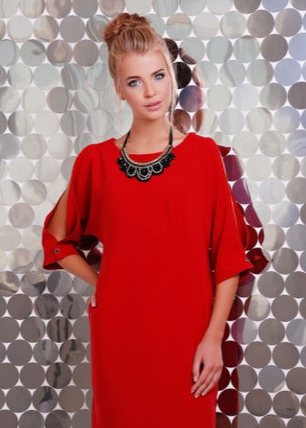 91dd05e96efa2bd Бижутерия к красному платью (38 фото): какая подойдет, подобрать ...