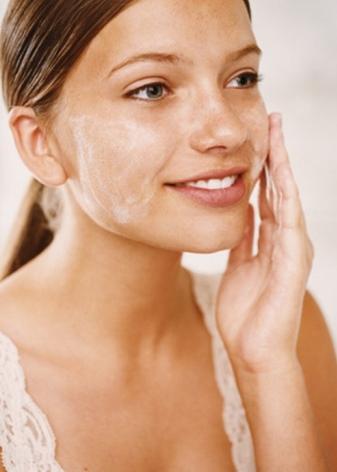 Гиалуроновый гель для лица: средство для умывания с гиалуроновой кислотой Novosvit, отзывы