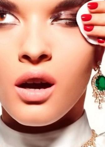 Средство для снятия макияжа: как снять make-up с нарощенными ресницами, лучший тоник и гель, отзывы о косметике