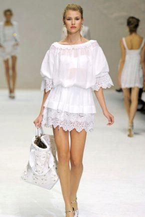 Белые платья из хлопка с кружевом - комфортно и стильно