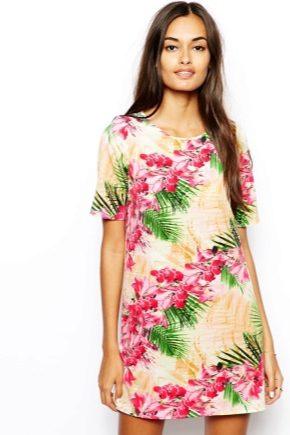 Платье-футболка и с чем его носить?