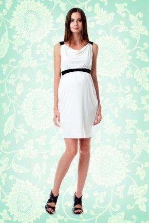 Стильное белое платье для беременных