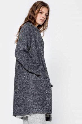 Женские и мужские пальто от PULL&BEAR