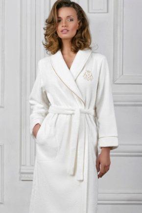 Банный халат - как правильно выбрать?