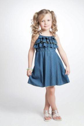 a7351323b49c8dc Джинсовый сарафан для девочки (40 фото): на лямках, как украсить, на ...