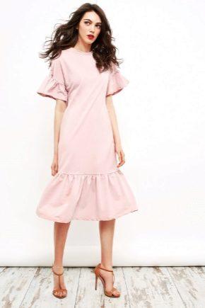 Модное платье с воланом внизу 2017