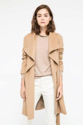 Пальто от Манго