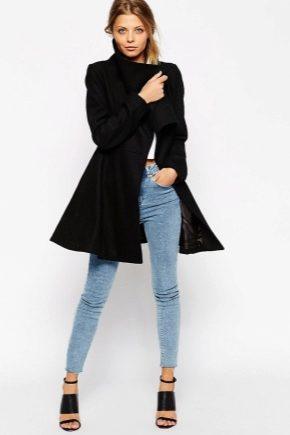 Расклешенное пальто - с легким оттенком кокетства
