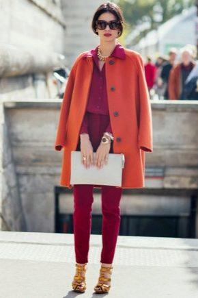 С чем носить оранжевое пальто?