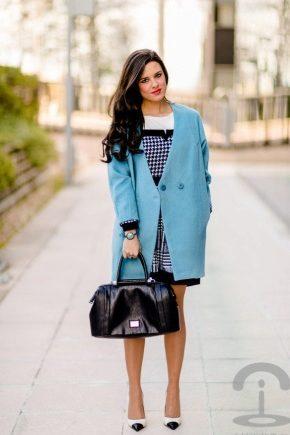 Стильное голубое пальто 2018 года