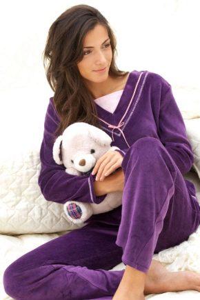 Женские плюшевые пижамы
