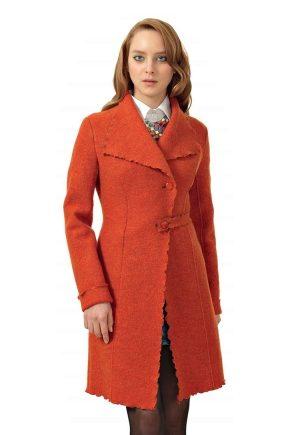 Женское пальто из вареной шерсти