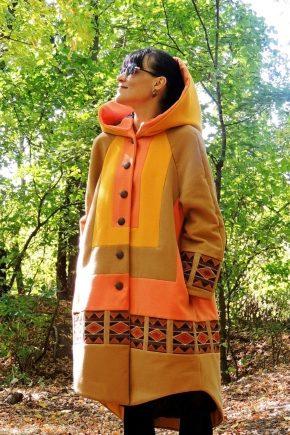 Женское пальто в стиле бохо