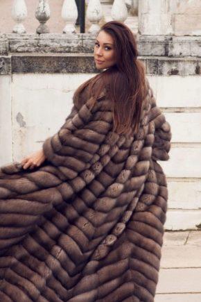 Модная шуба из натурального меха