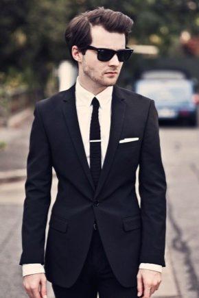 С чем носить мужской черный костюм?