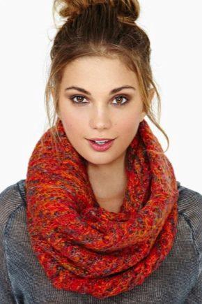 С чем носить оранжевый шарф?