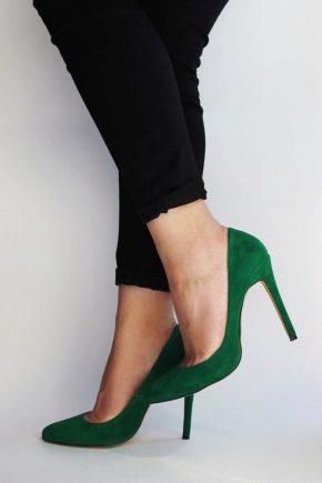 Замшевые туфли и их особенности