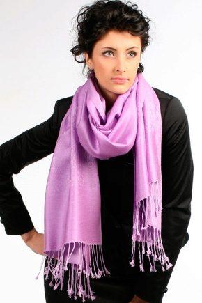Женские шарфы и модные тенденции 2017 года