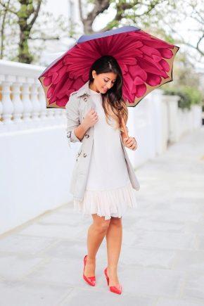 Большой зонт – спасение от дождя и ветра