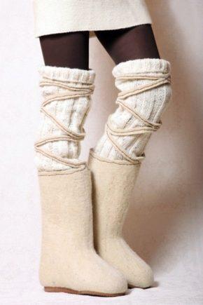 Войлочные ботинки