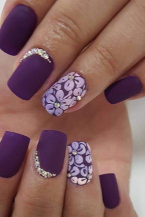 Фиолетовый гель-лак