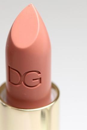 Губная помада Dolce; Gabbana: голубая матовая, серия Sophia Loren и Monica, отзывы