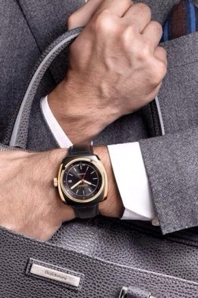 Наручные часы с будильником